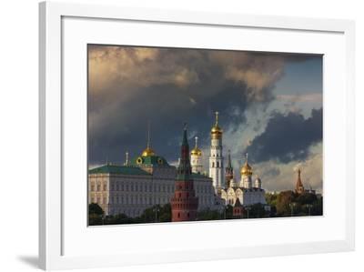The Kremlin.-Jon Hicks-Framed Photographic Print