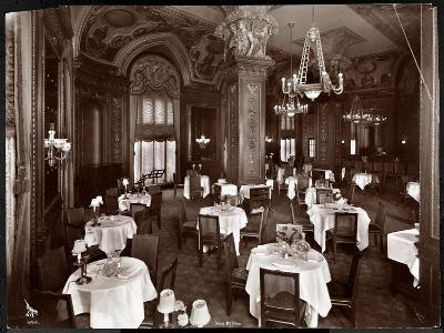 The Ladies' Cafe at the Hotel McAlpin, 1913-Byron Company-Giclee Print