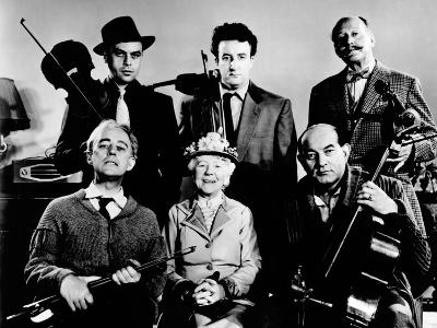 The Ladykillers, Alec Guinness, Herbert Lom, Katie Johnson, Peter Sellers, Danny Green, 1955--Photo
