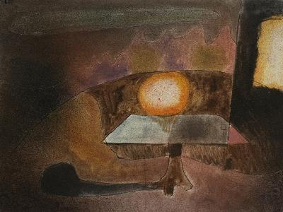 The Lamp on the Terrace; Die Lampe Auf Dem Balcon-Paul Klee-Giclee Print