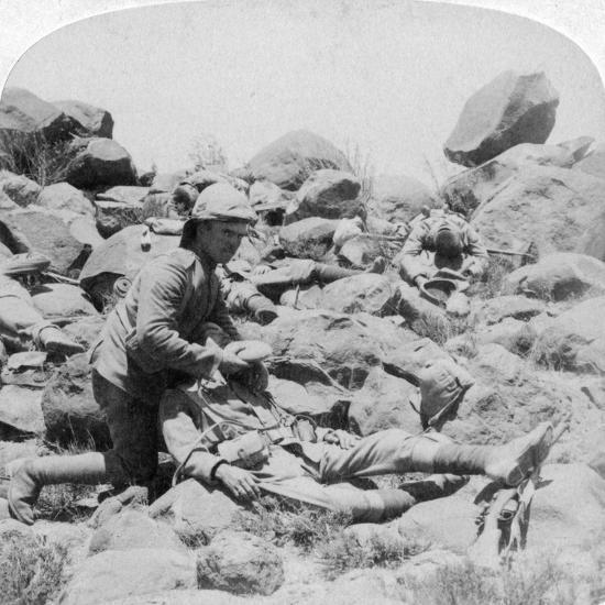 The Last Drop, Battlefield Scene, Dordrecht, South Africa, Boer War, 30 December, 1900-Underwood & Underwood-Giclee Print