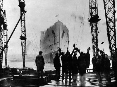 The Launch of R.M.S. 'Queen Mary', Clydebank, September 1934--Photographic Print