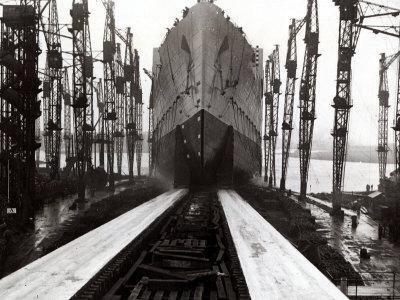 The Launch of the Ship the Queen Mary--Photographic Print