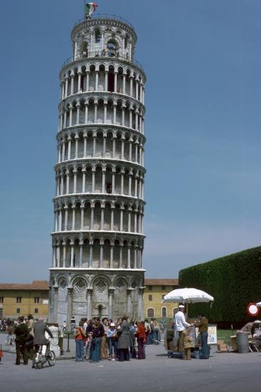 The leaning tower of Pisa, 12th century-Unknown-Photographic Print