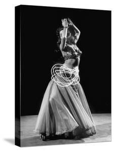 The Light Moving around and About on Egyptian Dancer Samia Gamal's Belly