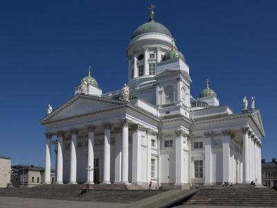 https://imgc.artprintimages.com/img/print/the-lutheran-cathedral-senate-square-helsinki-finland-scandinavia-europe_u-l-pfkyb60.jpg?p=0