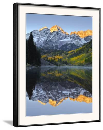The Maroon Bells in Autumn-Robbie George-Framed Photographic Print