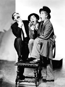 The Marx Brothers, 1940