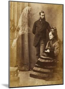 The Medium Stainton Moses, with Mrs Speer and an Unidentified Spirit Figure