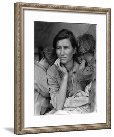 The Migrant Mother, c.1936-Dorothea Lange-Framed Art Print