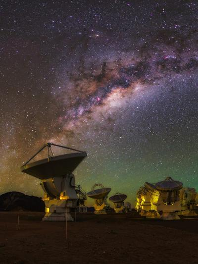 The Milky Way Appears over the Alma Radio Telescopes-Babak Tafreshi-Photographic Print