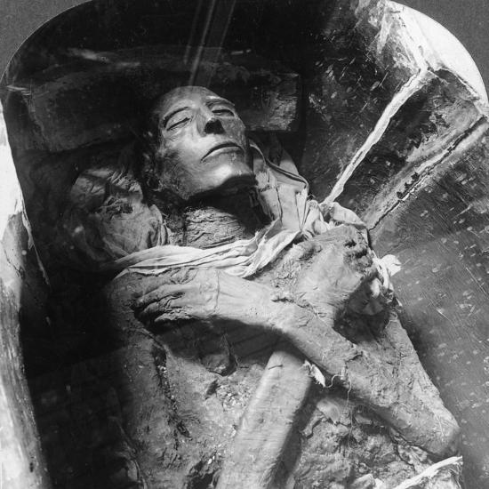 The Mummy of Sethos I (1394Bc-1279B), Cairo, Egypt, 1905-Underwood & Underwood-Photographic Print