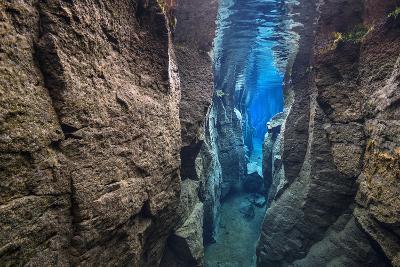 The Narrow Nes Canyon-Alex Mustard-Photographic Print
