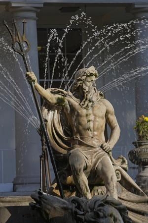 https://imgc.artprintimages.com/img/print/the-neptune-fountain-with-the-regency-style-municipal-offices-in-the-background_u-l-pv0la90.jpg?p=0