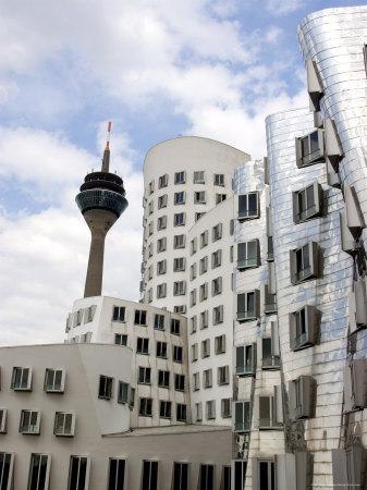https://imgc.artprintimages.com/img/print/the-neuer-zollhof-building-by-frank-gehry-at-the-medienhafen-dusseldorf-north-rhine-westphalia_u-l-p1q8510.jpg?p=0