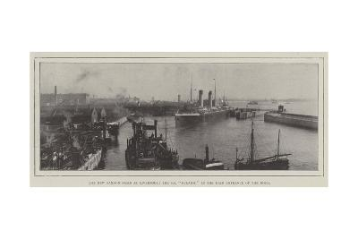 The New Sandon Basin at Liverpool, the Ss Oceanic in the Main Entrance of the Dock--Giclee Print