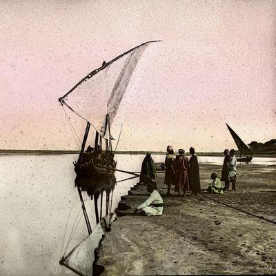 https://imgc.artprintimages.com/img/print/the-nile-egypt-dahabieh_u-l-q10vwc10.jpg?p=0
