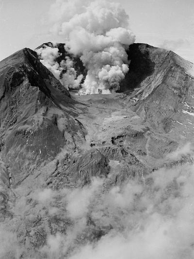 The North Side of Mount St. Helens is Wide Open as the Volcano Starts to Erupt--Photographic Print