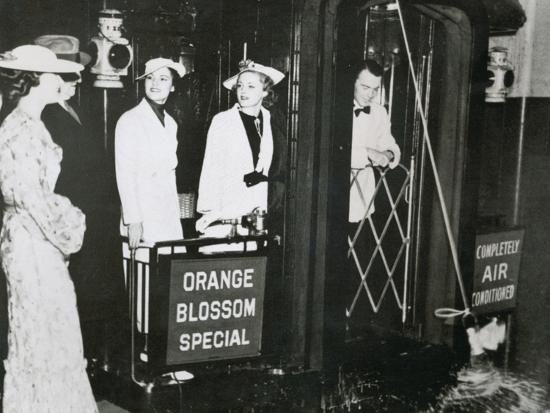 The 'Orange Blossom Special' of the Seabord Air Line Prepares to Leave Pennsylvania Station--Photographic Print