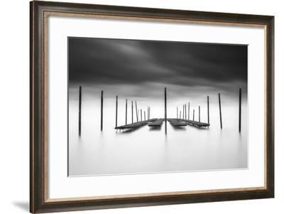 The Oyster Bar-Christophe Staelens-Framed Photographic Print