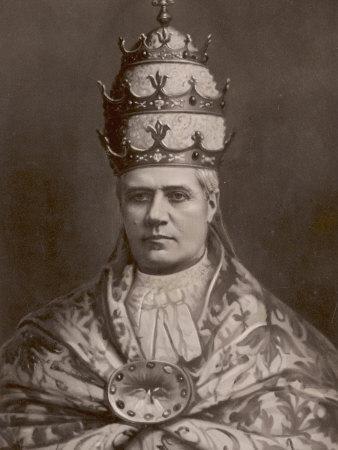 https://imgc.artprintimages.com/img/print/the-papal-tiara-worn-by-pope-pius-x_u-l-q1088ho0.jpg?p=0