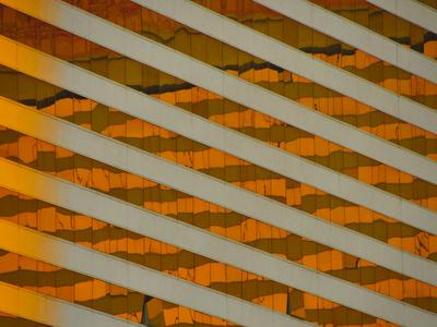 https://imgc.artprintimages.com/img/print/the-pattern-of-windows-in-a-building_u-l-q1bk7x20.jpg?p=0