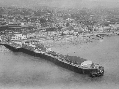 The Pier, Hastings, C.1930--Photographic Print