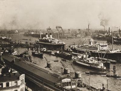 The Port of Hamburg, Germany, Pre War in the 1930s-Robert Hunt-Photographic Print