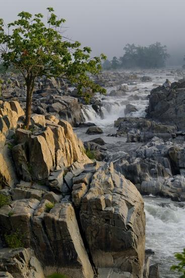 The Potomac River at Great Falls-Tyrone Turner-Photographic Print