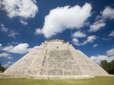 The Pyramid of The Magician, Uxmal, Yucatan, Mexico-Julie Eggers-Photographic Print