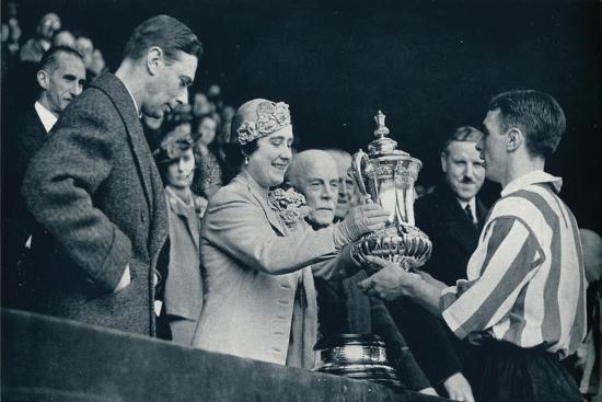 'The Queen Presents The Cup', 1937-Unknown-Giclee Print