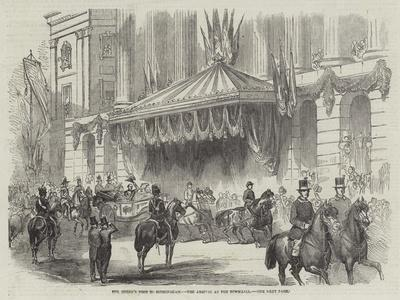 https://imgc.artprintimages.com/img/print/the-queen-s-visit-to-birmingham-the-arrival-at-the-townhall_u-l-pvzg410.jpg?p=0