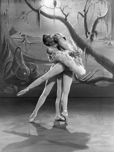 The Red Shoes, Robert Helpmann, Moira Shearer, 1948--Photo