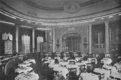 The Ritz Carlton Restaurant on board the ocean liner SS Leviathan, 1923--Photographic Print