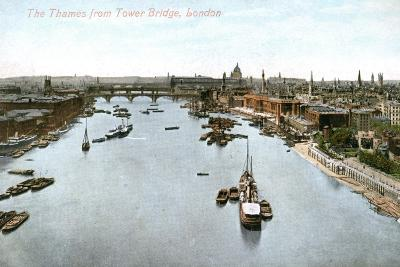 The River Thames, London, Early 20th Century--Giclee Print