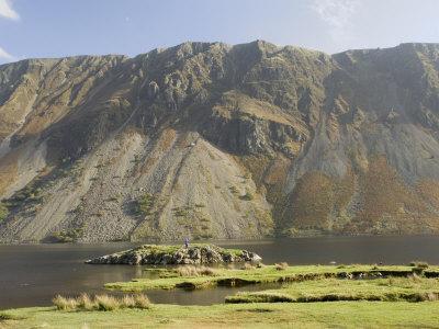https://imgc.artprintimages.com/img/print/the-screes-lake-wastwater-wasdale-lake-district-national-park-cumbria-england_u-l-p1fhj60.jpg?p=0