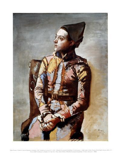 The Seated Harlequin, 1923-Pablo Picasso-Art Print