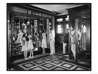 The Ship Souvenir Shop: Toys, Gifts and Radios--Giclee Print