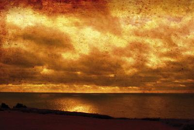https://imgc.artprintimages.com/img/print/the-silent-sea_u-l-f6cj8q0.jpg?p=0