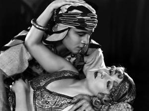The Son of the Sheik De George Fitzmaurice Avec Vilma Banky, Rudolph Valentino, 1926