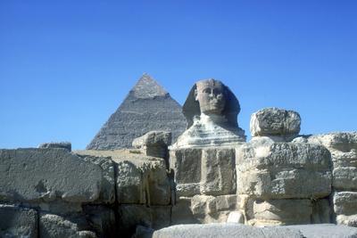https://imgc.artprintimages.com/img/print/the-sphinx-and-pyramid-of-khafre-chephren-giza-egypt-4th-dynasty-26th-century-bc_u-l-q10m3m40.jpg?p=0