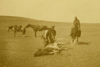 https://imgc.artprintimages.com/img/print/the-spring-round-up-roping-a-texas-steer_u-l-q19slhk0.jpg?p=0