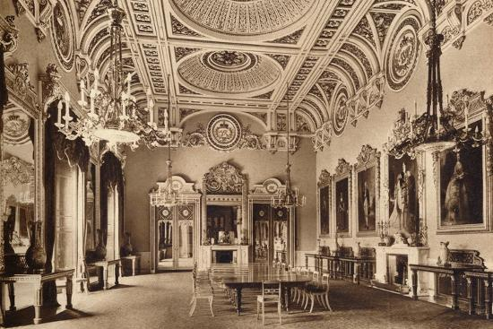 The State Dining Room, Buckingham Palace, 1935-Unknown-Photographic Print
