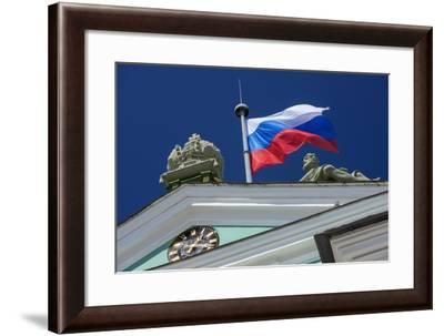 The State Hermitage Museum.-Jon Hicks-Framed Photographic Print