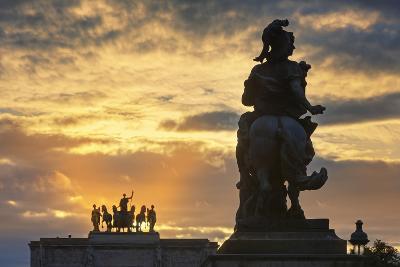 The Sun Sets behind Arc De Triomph Du Carrousel.-Jon Hicks-Photographic Print