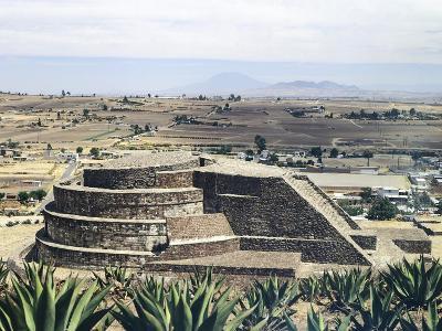 The Temple of Quetzalcoatl in Calixtlahuaca--Giclee Print