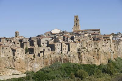The Town of Pitigliano, Maremma, Tuscany, Italy--Photographic Print