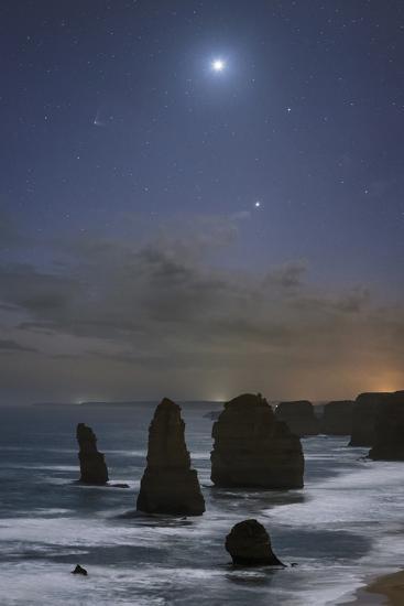 The Twelve Apostles Rocks on the Coast of Victoria, Australia-Babak Tafreshi-Photographic Print