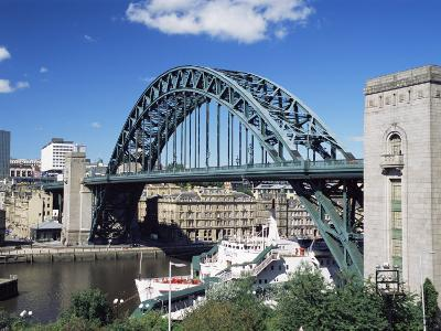 The Tyne Bridge, Newcastle (Newcastle-Upon-Tyne), Tyne and Wear, England, United Kingdom, Europe-James Emmerson-Photographic Print