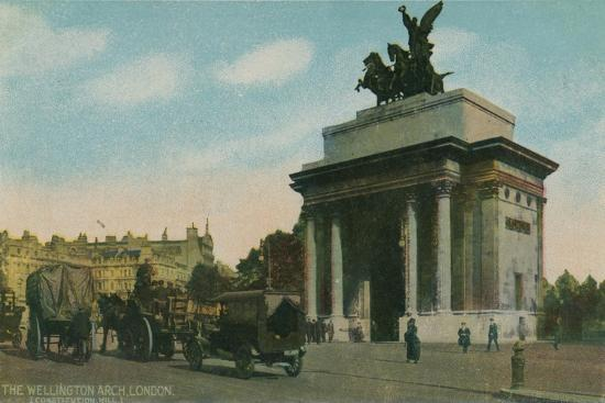 'The Wellington Arch, London', c1910-Unknown-Giclee Print
